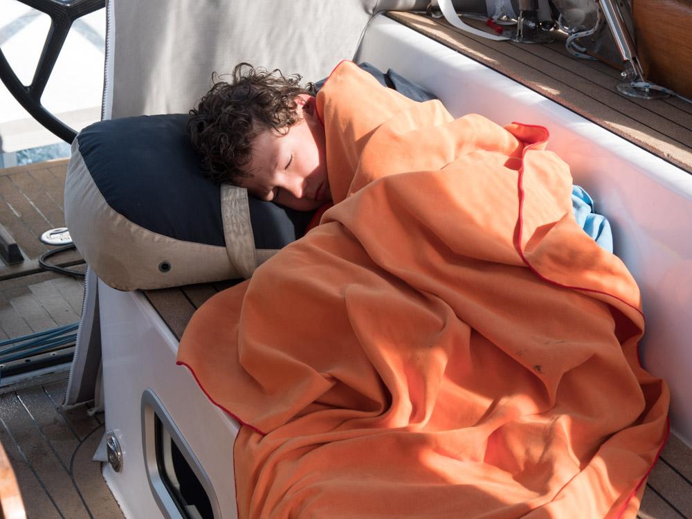 Er man litt sjøsyk er det godt å sove