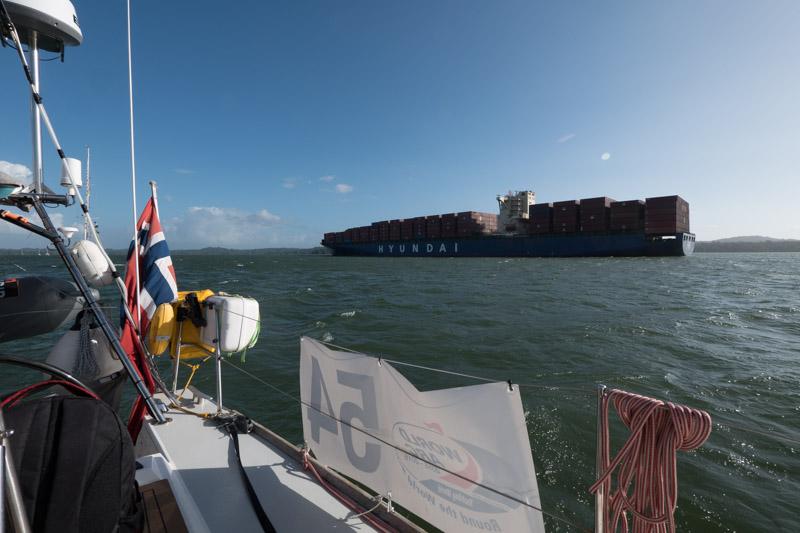 Skip med plass til 8.000 containere