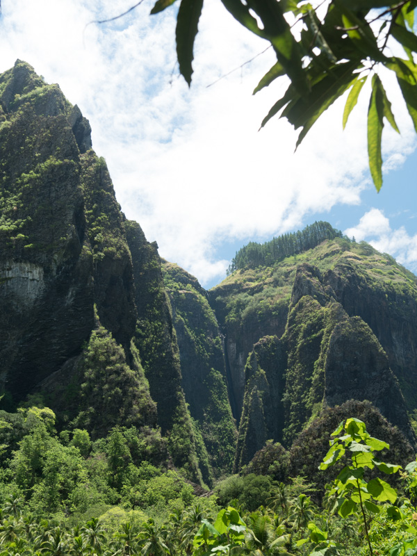 Mange av fjellene på Marquesas er ganske dramatiske